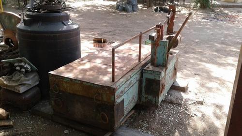 bascula antigua de 2500kg en excelente estado d conservación