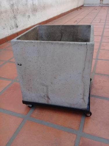 base con ruedas para maceta 40x40cm - bhm-4040