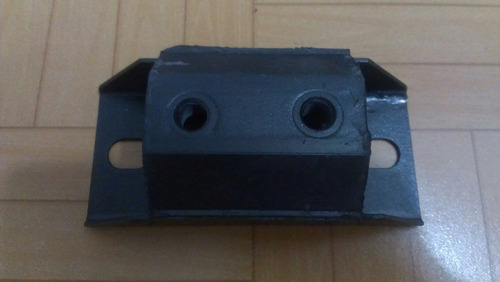base de caja chevrolet 2 tornillos in-2268