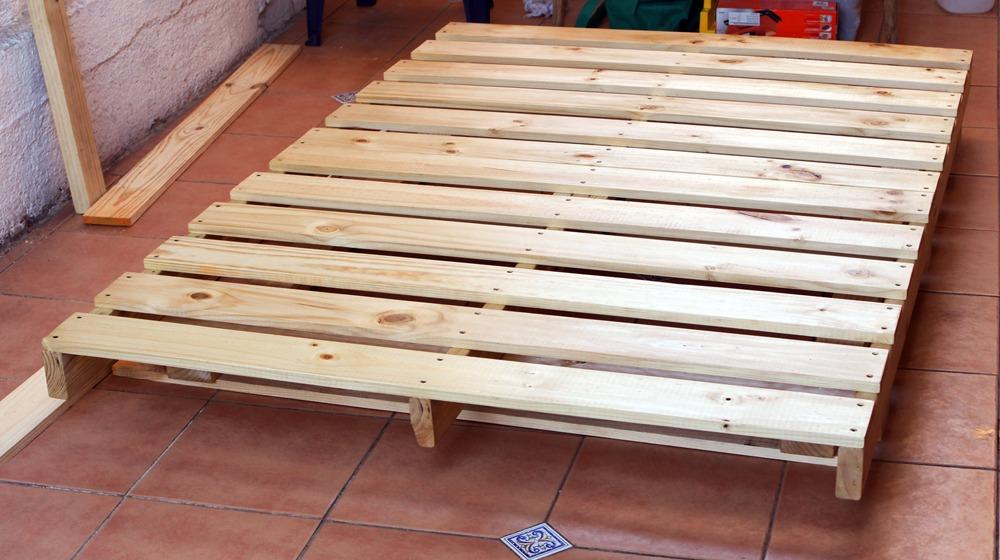 Base de cama pallet industrial a pedido en for Bases de cama hechas con tarimas