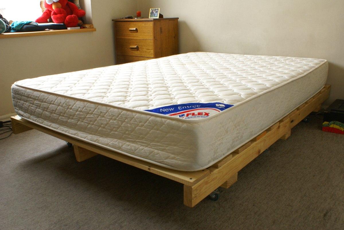 Base de cama pallet industrial a pedido en for Cama palets
