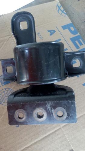 base de motor de aveo  lado derecho