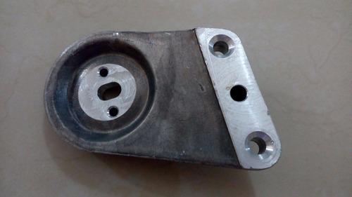 base de soporte motor derecho epica (de hierro) gm