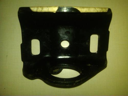 base mensula posterior ballestas delant. izq. toyota machito