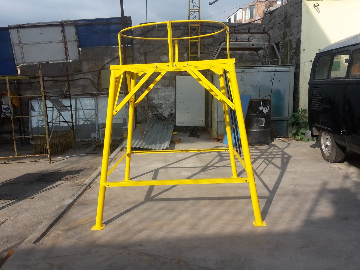 Base Met Lica Desarmable Tanque Rotoplas 500 A1100 Litros