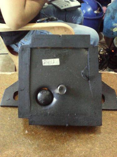 base motor f-100,f-350 motor 300 izquierdo