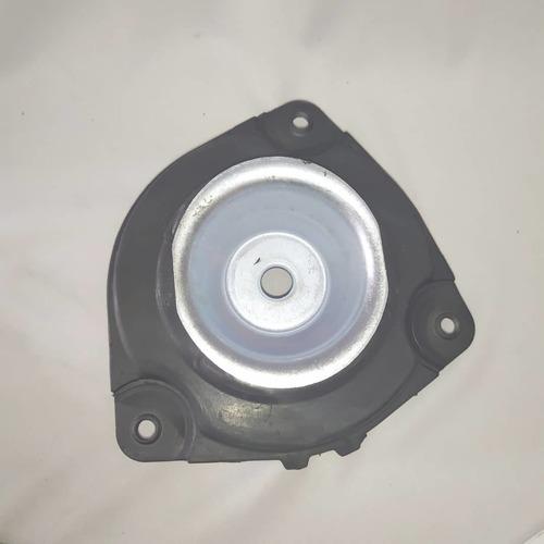 base soporte amortiguador delantero derecho nissan tiida