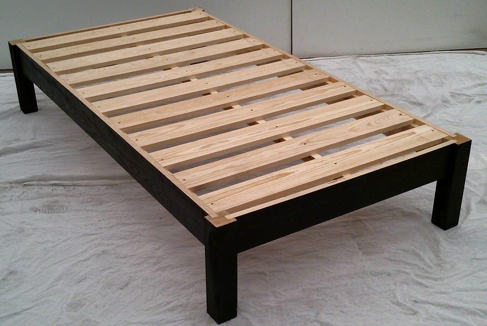 Bases para cama de madera matrimonial 1 en for Camas en madera economicas