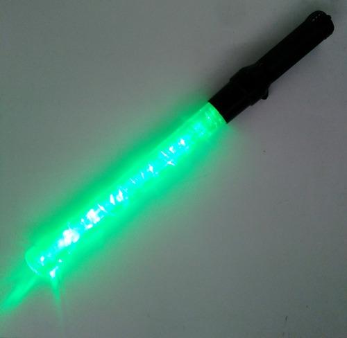bastón luminoso 54 cm recargable rojo / verde 5 funciones
