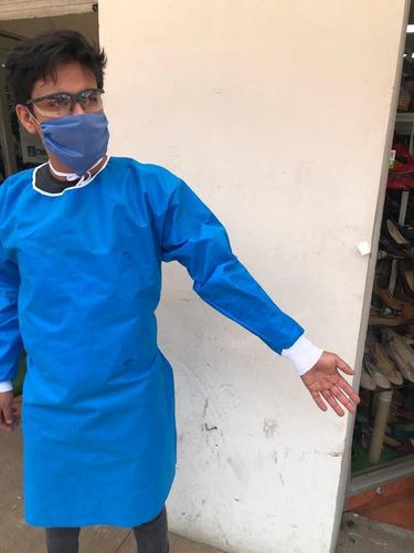 bata desechable quirúrgica manga doble