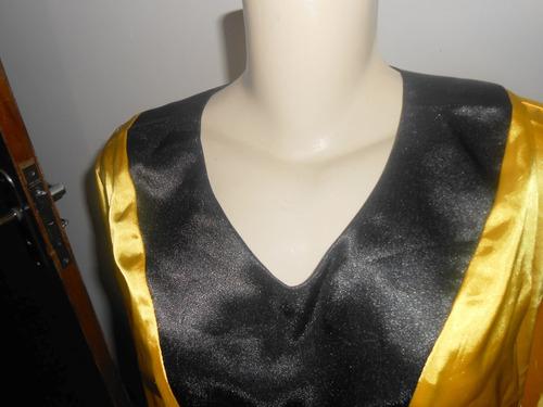 bata dourada e preta