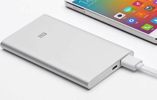 batería externa xiaomi original power bank 5000 mah plata
