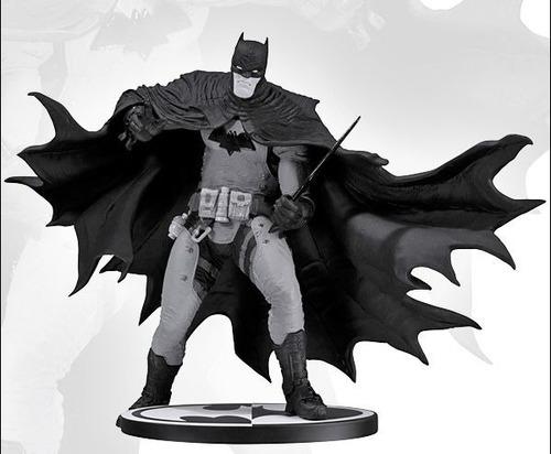 batman black and white r. grampa no sideshow estatua