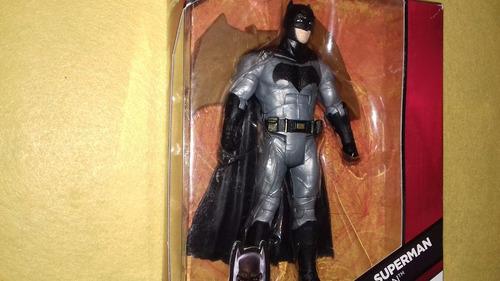batman dawn of justice dc multiverse grapnel blaster