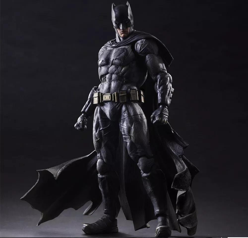 a14e0f361ea29 Batman Liga Justiça Play Arts 25 Cm Chaveiro Grátis Com Caix - R ...