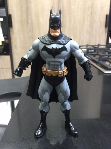 batman public enemies dc direct usado