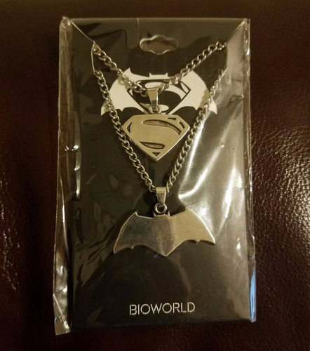 batman vs superman friendship necklace collar loot crate