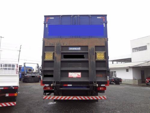 baú carga seca de 8,30 metros com elevador de carga hidráuli