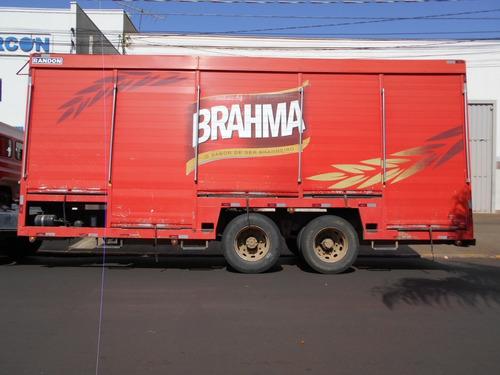 baú de bebida 2013 tipo baia itália caminhões