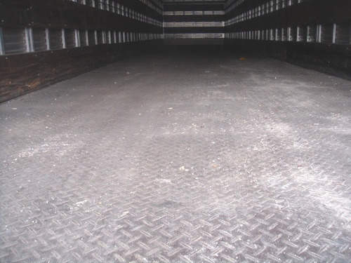 baú seco randon 15,40 m. 2008 com pneus