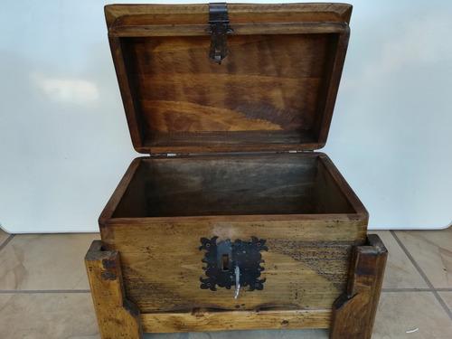 baúl cofre costurero de madera rustico terminado apolillado