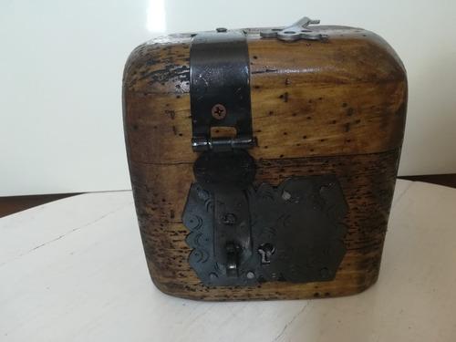 baúl cofre neceser de madera rustico terminado apolillado