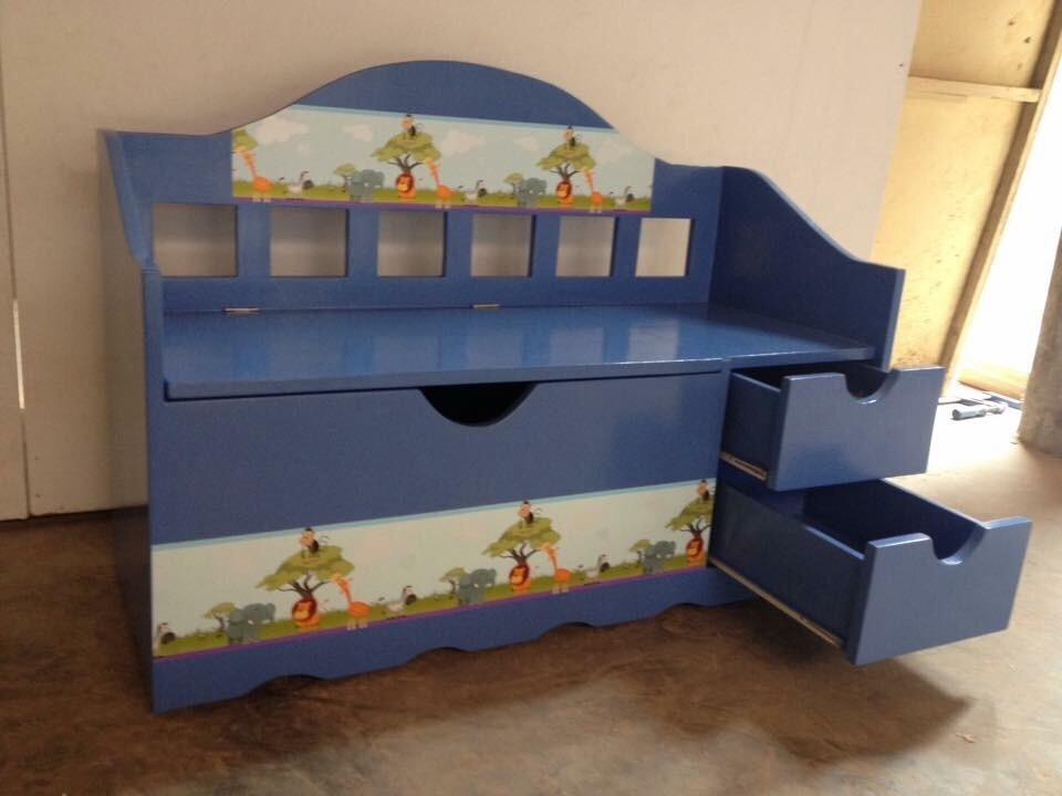 Ideas para organizar los juguetes de los ni os ideas - Baul para guardar juguetes ninos ...