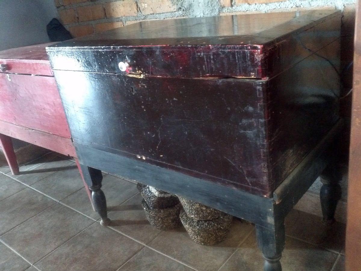 Baul petaquilla muy antiguo de madera unica - Baul de madera antiguo ...