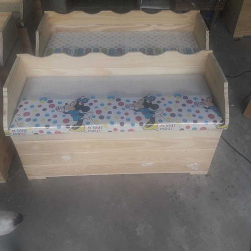 baúles de madera de pino