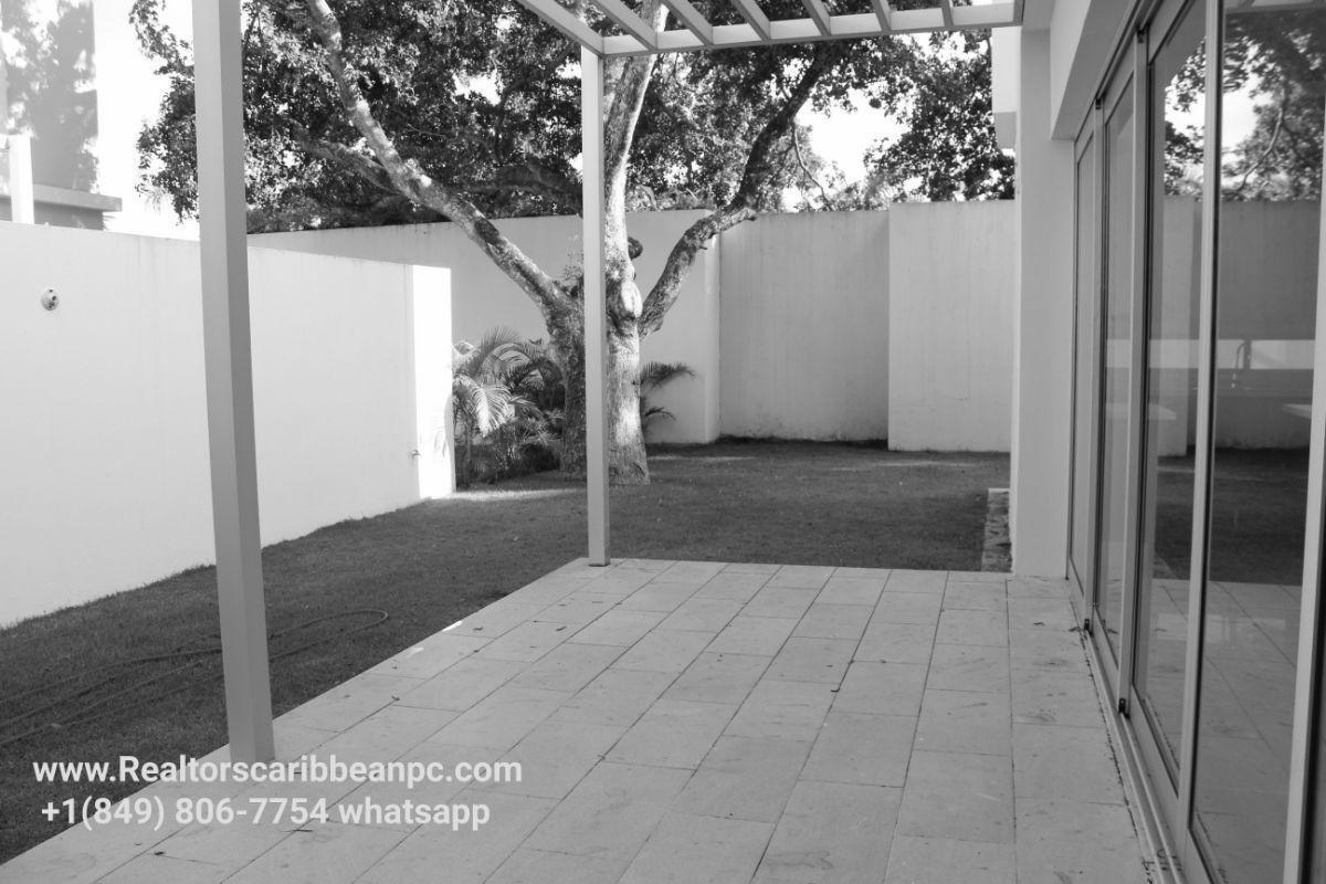 bávaro - punta cana alquiler exclusiva villa vacía totalmente nueva