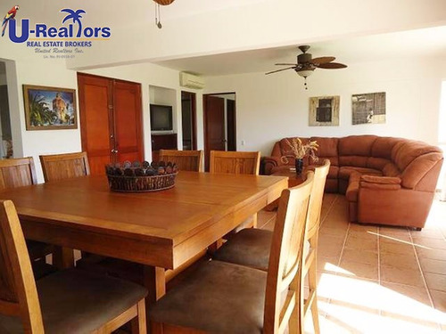 beautiful villa in decameron only $325,000