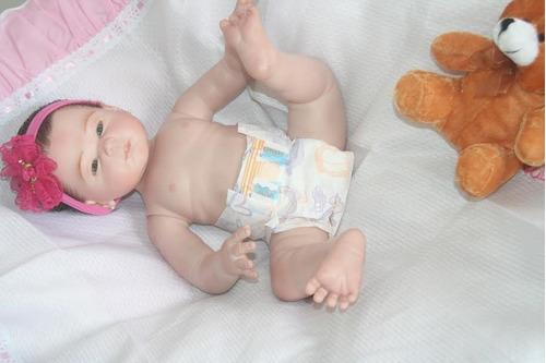 bebê  reborn  corpo todo de vinil silicone carmela