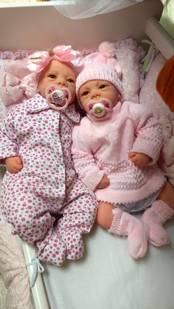 b75bc662b bebê reborn gêmeas realistas lindas com enxovais de brinde. Carregando zoom.