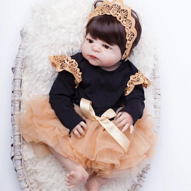 fc53df11f Bebê Reborn Menina Morena Corpo Inteiro Pronta Entrega - R  599