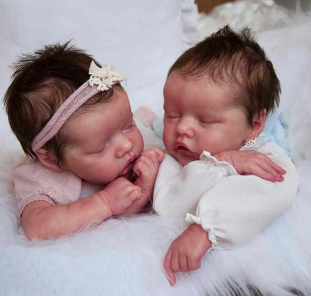 Beb 234 Reborn Twin A Ou B Boneca Linda Detalhes Reais Barata