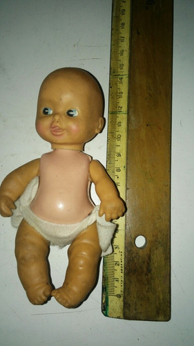 bebe muñeca goma y plastico