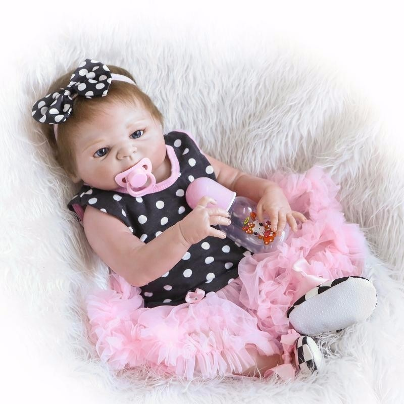 bebe reborn 100 silicone menina realista frete gr tis 11 r 689 90 em mercado livre. Black Bedroom Furniture Sets. Home Design Ideas