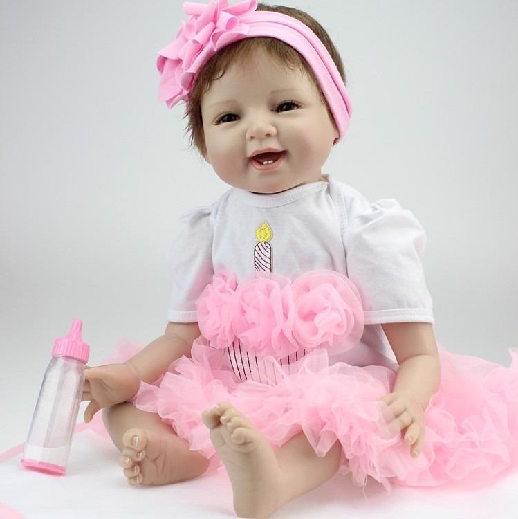 8aebac971f Bebe Reborn Lbc Boneca Silicone Menina Realista - R  749