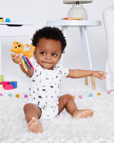 bebé sonajero juguete