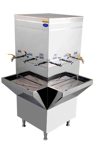 bebedouro industrial aço inox 500 litros com seis torneiras