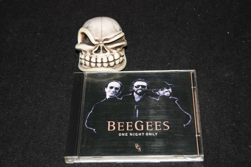 bee gees one night only cd duplo,cd bonus...