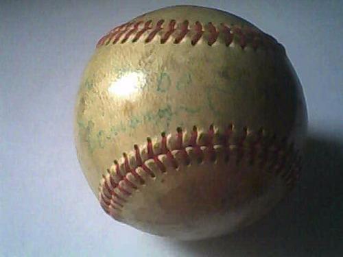 beisbol por pelota