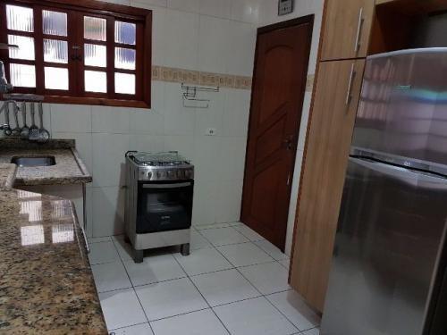 bela casa com 2 quartos no suarão, itanhaém-sp! confira!!!