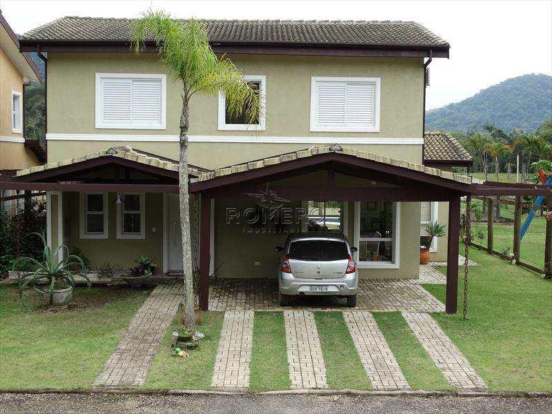 bela casa em condomínio fechado, novíssima com piscina, cozinha planejada, 2 salas, varanda gourmet, com total conforto e tranquilidade. confira!!!! - v459