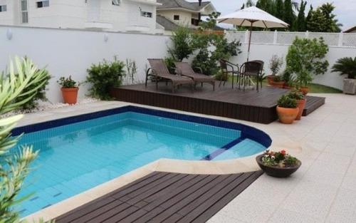bela casa em jurerê com 3 suítes e piscina