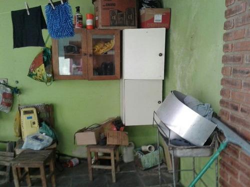 bela casa localizada no bairro jardim jamaica na cidade de i
