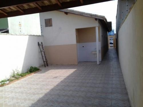 bela casa no bairro cibratel, em itanhaém