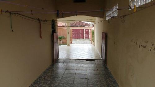 bela casa no belas artes, em itanhaém, litoral sul de sp