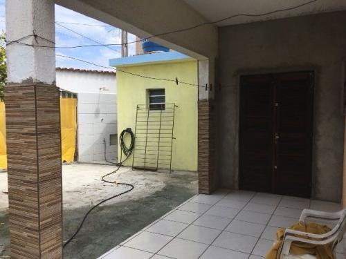 bela casa no jardim das palmeiras, rua calçada, em itanhaém