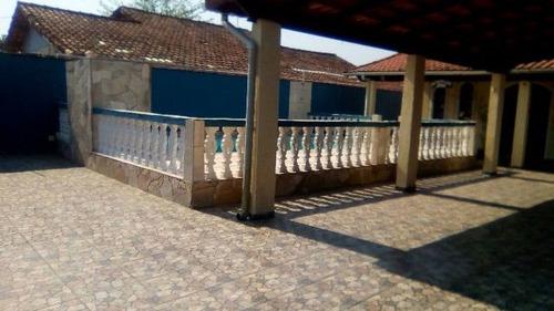 bela casa nova com piscina, no jardim regina, em itanhaém